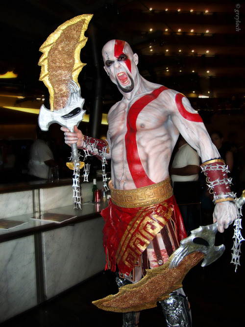 Kratos (from God of War) by The Texas Terminator Photographed by Greyloch at Dragon*Con 2012
