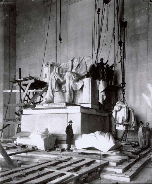 Building the Lincoln Memorial between 1914-1922 (Retronaut)