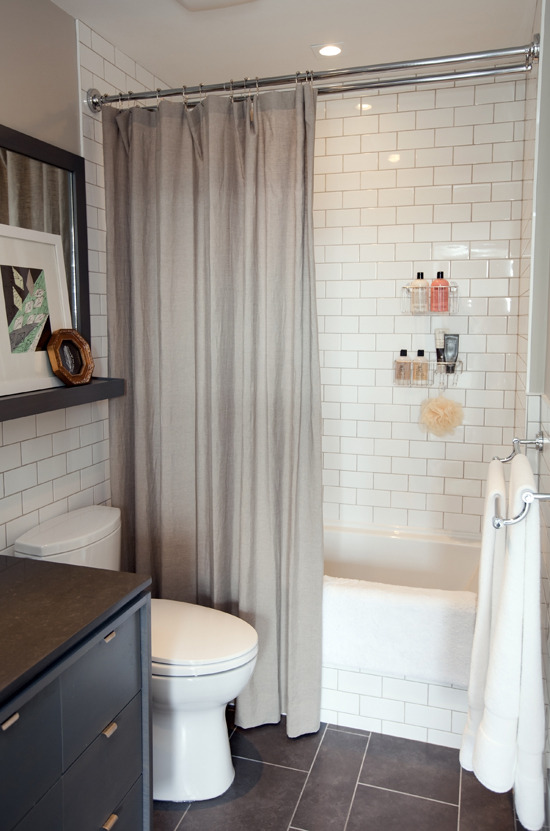 myidealhome:  compact charming bathroom (via the marion house book)