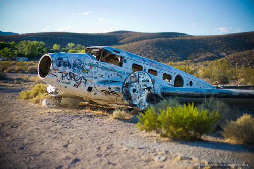 fuckyeahabandonedplaces:  Rhyolite Ghost Town, Nevada by jev on Flickr.