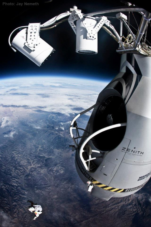 Pilot Felix Baumgartner of jumps from the altitude of 29455 meters during the final flight for Red Bull Stratos in Roswell, New Mexico, USA on October 14, 2012. Photo: Jay Nemeth/FlightLine Films for Red Bull
