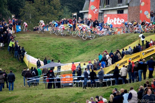 The men are off! Bpost Trofee #1 - Ronse Photo credit: Balint Hamvas/cyclephotos.co.uk (via cyclephotos » Bpost Trofee #1 – Ronse)