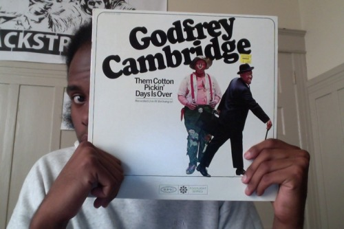 courtingcomedy:  Godfrey Cambridge. Them Cotton Pickin' Days Is Over. Recorded Live at the hungry i. [I wonder how many comedy albums have been recorded in San Francisco.]