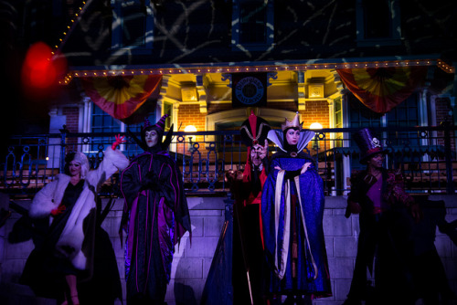 Villains at Mickey's Halloween Party by HarshLight on Flickr.
