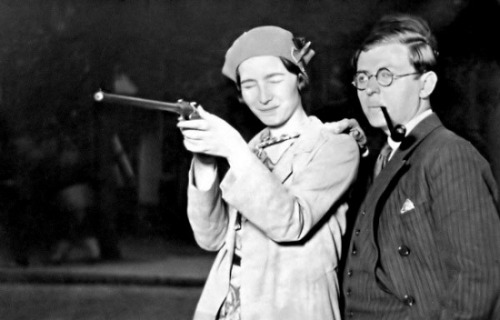 monotronix:  Simone de Beauvoir and Jean-Paul Sartre.  WILL ALWAYS REBLOG