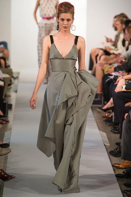 models-on-the-runway:  oscar de la renta s/s 2013