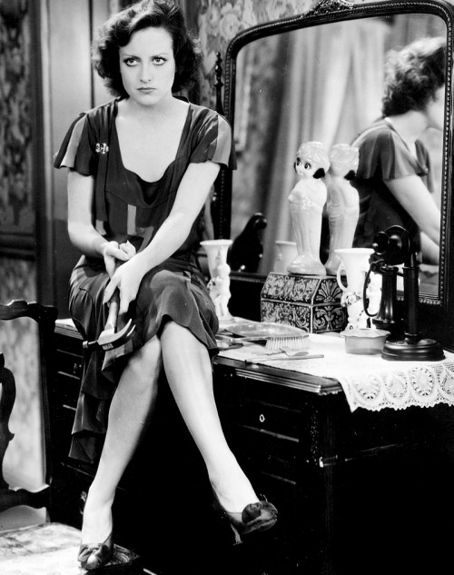 mariedeflor:  Joan Crawford photographed for Our Blushing Brides, 1930