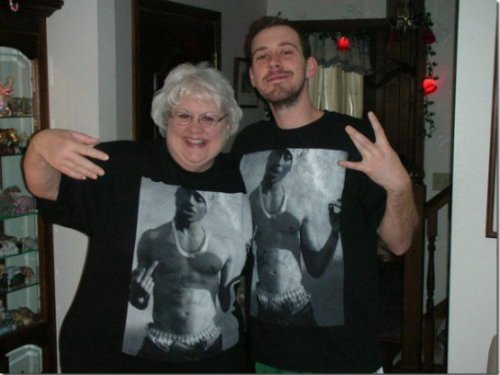 Mom And Son Share Love of Tupac This is changes we can all believe in.
