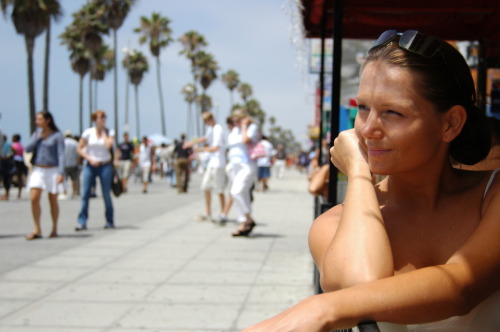Triptrotters in Los Angeles, California are eager to share tips on their city. Browse our locals and message them to find out what they recommend.
