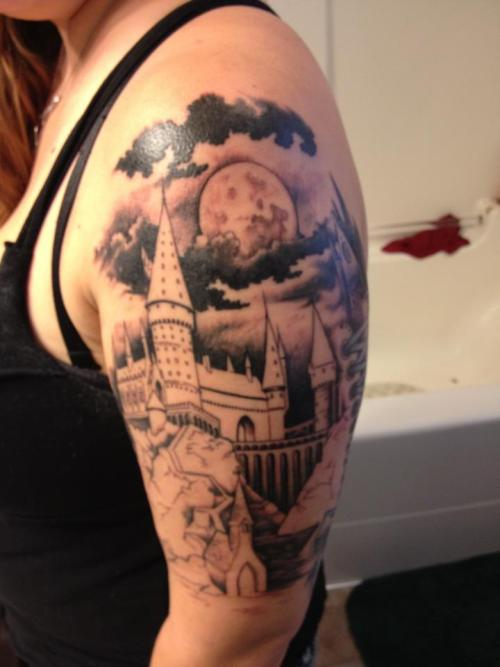 fuckyeahtattoos:  HOGWARTS WILL ALWAYS BE THERE TO WELCOME YOU HOME. <3 The start of my Harry Potter sleeve - color will be added soon.