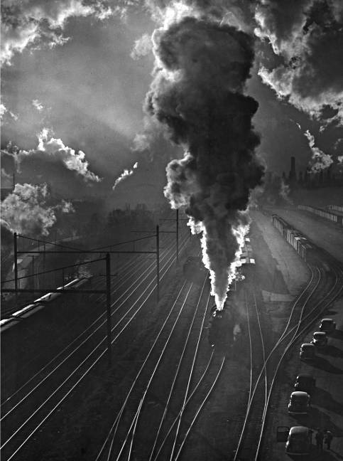Train yard Baltimore, Maryland1945A. Aubrey Bodine (1906-1970)Bodine CollectionBaltimore City Life Museum CollectionMaryland Historical SocietyB1373