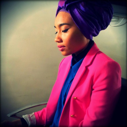 At @sirenstudiosla and @yunazarai @yunamusic is bout to get her blue steel on. #color