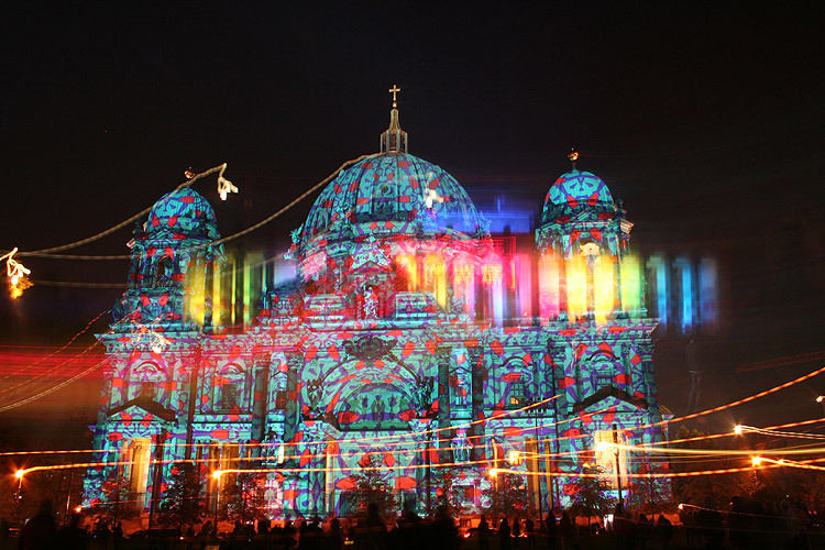 unknowneditors:  Berlin's Festival of Llights