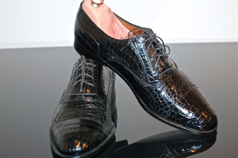 AUCTIONS AWAY This is a great week for mens shoes in particular. Just listed tonight, among 102 other auctions just launched and 99 prior from the week before include :  Ralph Lauren / Crockett & Jones Redway Tassel Loafer Salvatore Ferragamo crocodile captoes (pictured) Gravati Peccary and Alligator shoes and so, so, so much more, too much to waste on a wall of text, you have to just look! Tonights auctions are brought to you from LuxeSwap.com consignors from 3 continents, and over 16 states in the USA. There are certainly some interesting things that originate from all across the globe, and I am proud to funnel them all to new homes through the auctions. Have a look, have a bid!