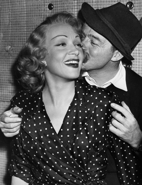 "divadietrich:  Marlene Dietrich with Billy Wilder on the set of ""A Foreign Affair"" (1948)"