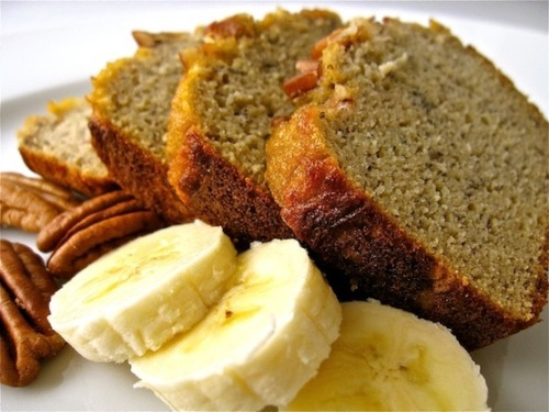 naffy-health-ways:  Organic banana-nut bread recipe! Click!