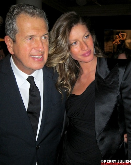 MARIO TESTINO AND GISELE BUNDCHEN Opening Reception for In Your Face: The Photography of Mario Testino Boston Museum of Fine Art   October 17 2012 © Perry Julien / www.julienphotography.com