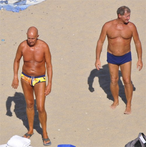 #bros age #gracefully, and still like to hang out on the #beach together…     #topher ;)  tweet us @BestOfBromance and tell your friends!