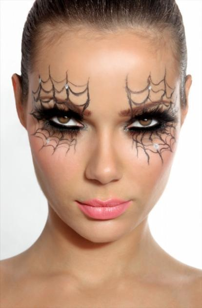 perfect for halloween and for the costume (a witch):)