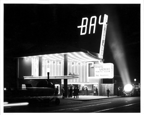 losangelespast:  The grand opening of the Bay Theater, searchlights and all. Pacific Palisades, 1948.