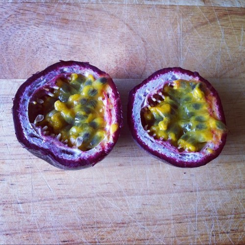 peachnaked:  thesummernights:  love em  Passion for passion fruit!