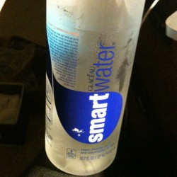 My roommate got me a fucking 1.5 L of Smart Water 💞 Awww yeee she is fucking awesome! #lovelife