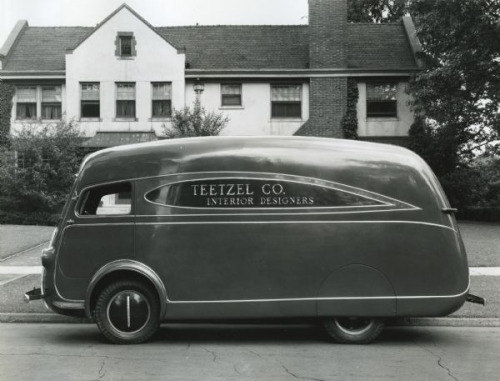 ufansius:  1937 International Delivery Van