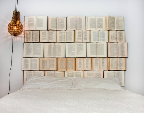 amandaonwriting:  Bookish Headboard