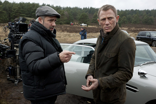 Sam Mendes says Skyfall was influenced by The Dark Knight With Skyfall getting rave reviews across the board, Sam Mendes could be forgiven for basking in the limelight and soaking up the adulation of the filmgoing public…