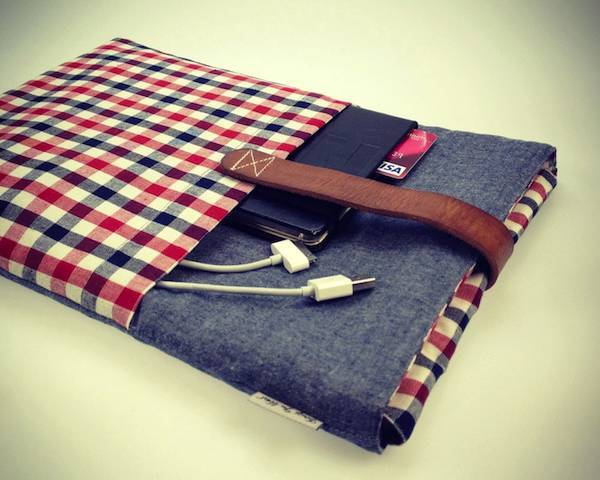 rawbdz:  Beautiful Handcrafted Macbook Sleeve