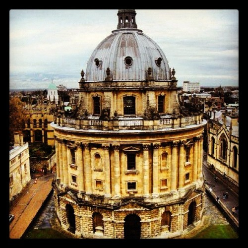daniellecardosolopes:  #oxford #university #england #architecture #photography