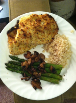 firststeptowardsforever:  Delish! Tilapia,brown rice and asparagus with mushrooms!