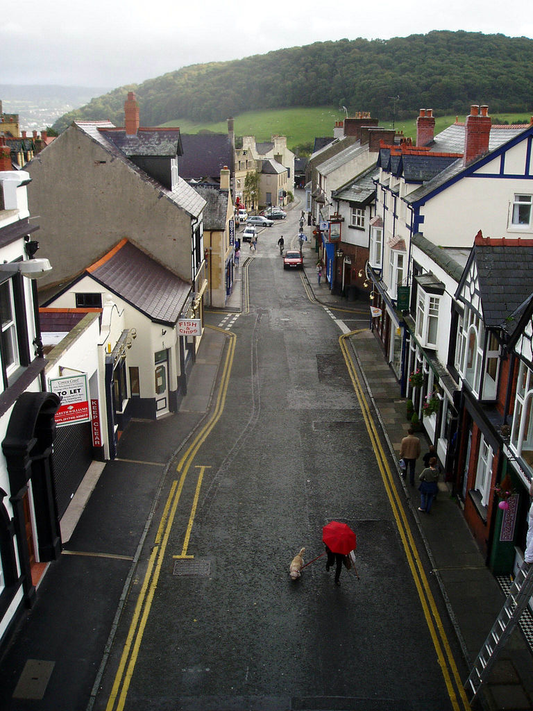Rainy in Conwy. I want to go back there soon.