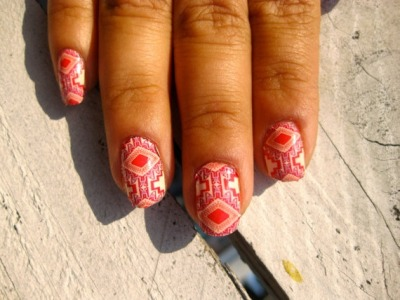 magic carpet nails  http://bit.ly/S8eU3t