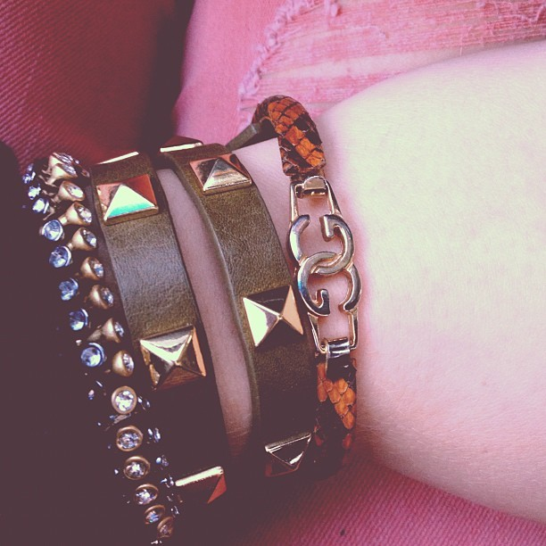 #gucci ma nicca #bracelets #blang #studs #gold #snakeskin #jewelry #girly #beads 💖