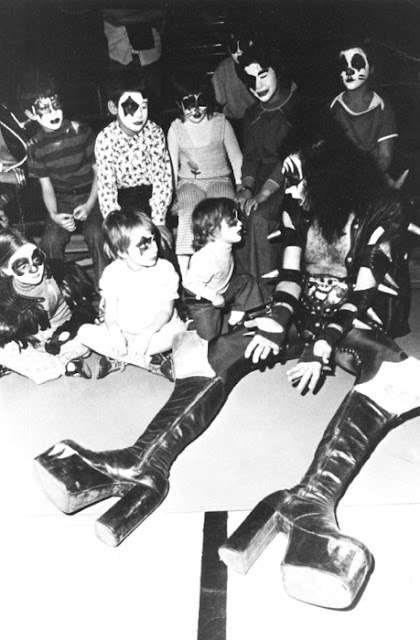 Gene Simmons starting Kiss fans early