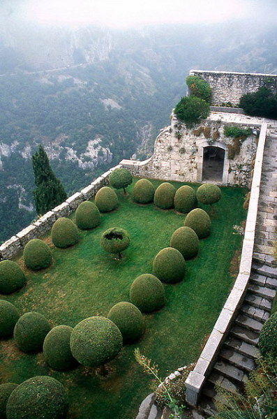 Garden at the Eyrie (Chateau de Gourdon, France)