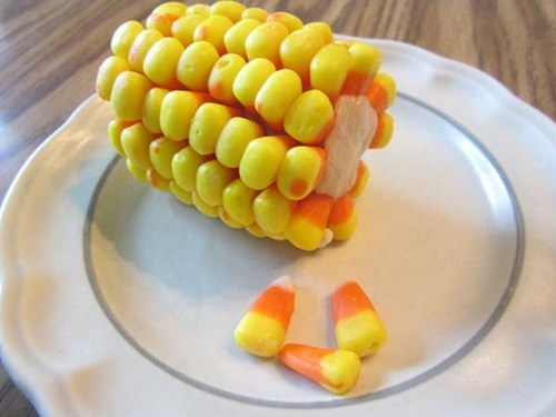 thedailywhat:  Candy Corn On The Cob of the Day: The cob being a roll of cookie dough, obvs. [cosbysweaters]
