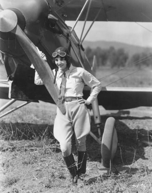 Aviator Ruth Elder, famous flying beauty, says she had no trouble with weight during her flying career. Now that she is in motion pictures she still stays with aviation.   1930