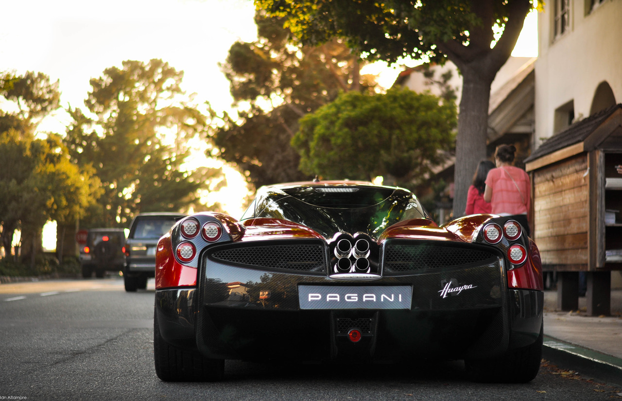 The spaceship. A Pagani Huayra, photo by Ian Altamore.