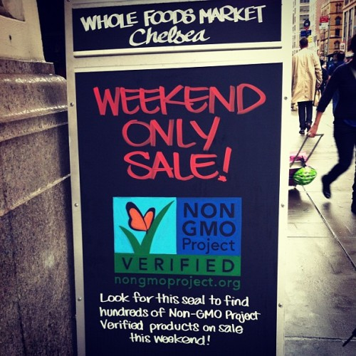 GMO scares me!!! #gmo #nogmo #cleaneating #wholefoods (at Whole Foods)