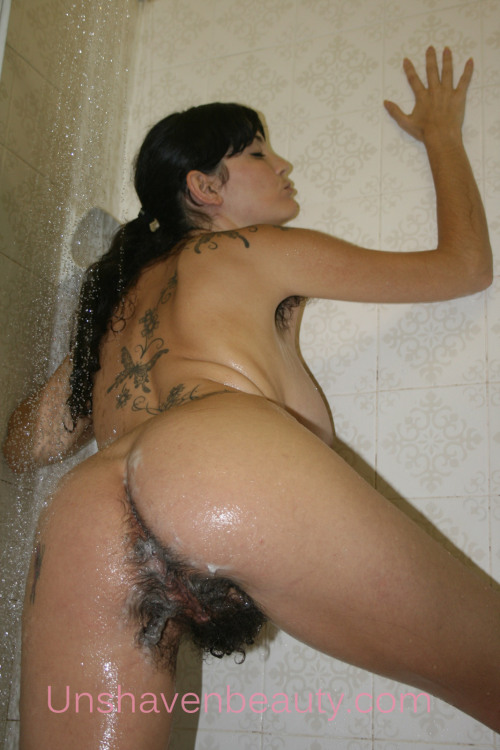 paganhairypussy:  we'd love to make her wet