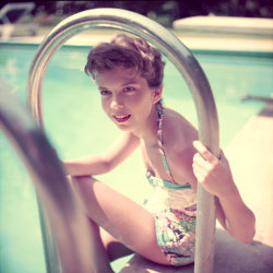theniftyfifties:  A young Nancy Sinatra.