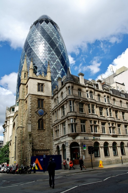 skyscraper:  30 St Mary Axe