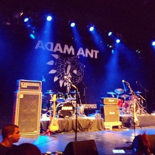 Guess where I am? #antmusic (at The Majestic Ventura Theater)