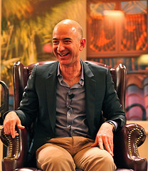 "Jeff Bezos On People Who Are ""Right A Lot"" vs ""Wrong A Lot."" Has He Got It Right? Anthony Wing Kosner, forbes.com Jason Fried, the co-founder and Pres­i­dent of enlight­ened group­ware maker 37sig­nals, just post­ed a won­der­ful anec­dote from an office visit yes­ter­day by Jeff Bezos. After a dis­cus­sion of prod­uct strat­e­gy, Fried asked Bezos to answer…"