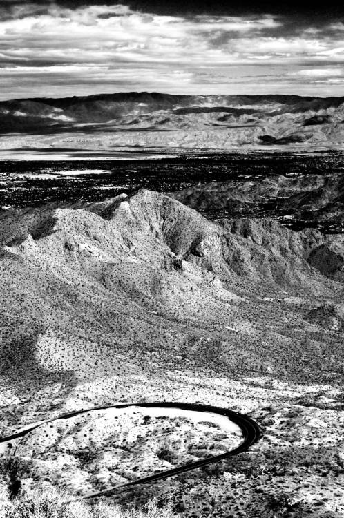 theoccasionaloddcrop:  Coachella Valley View Point California 74 (the Pines to Palms Highway) south of Palm Desert; February 2012