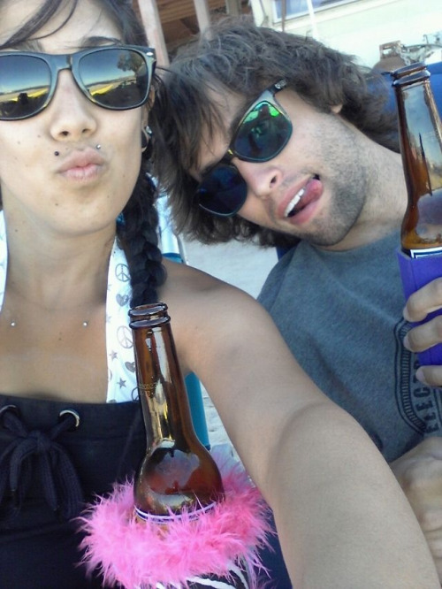 The boyfriend and I getting our pacifico on 😜 But that was everyday down in Mexico 🍻💘