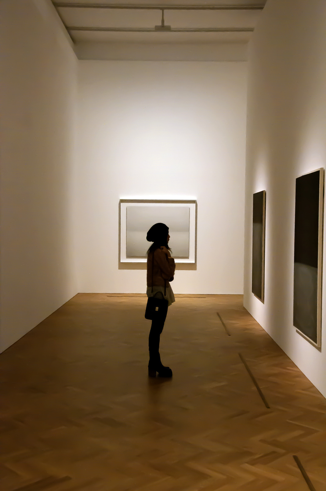 Reblog of the day: Be sure to visit Rothko/Sugimoto: Dark Paintings and Seascapes at 6 Burlington Gardens before it closes this Saturday, November 7th.  unsmoking:  Pace Gallery, London, United Kingdom October 2012