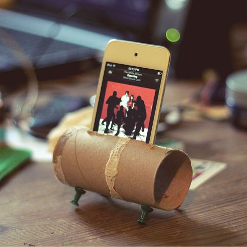 home made iPod/iPhone dock